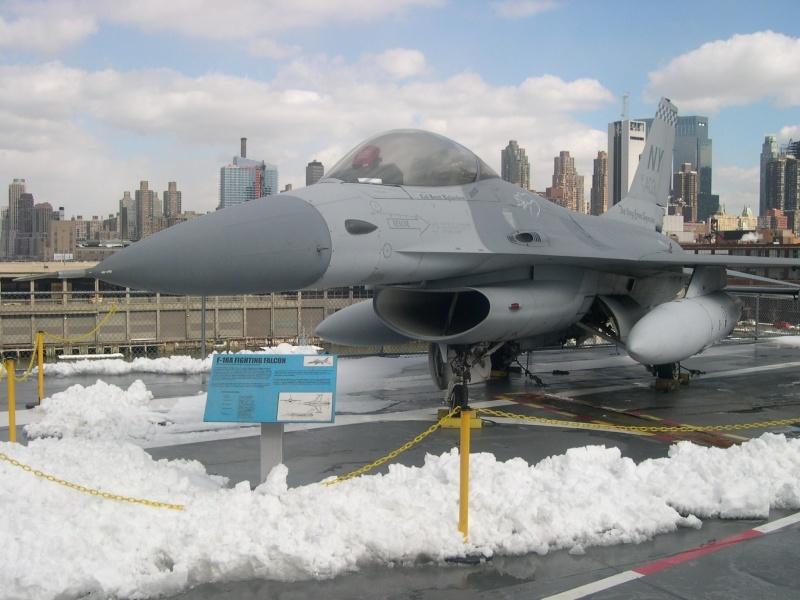 F16 - Fighting Falcon