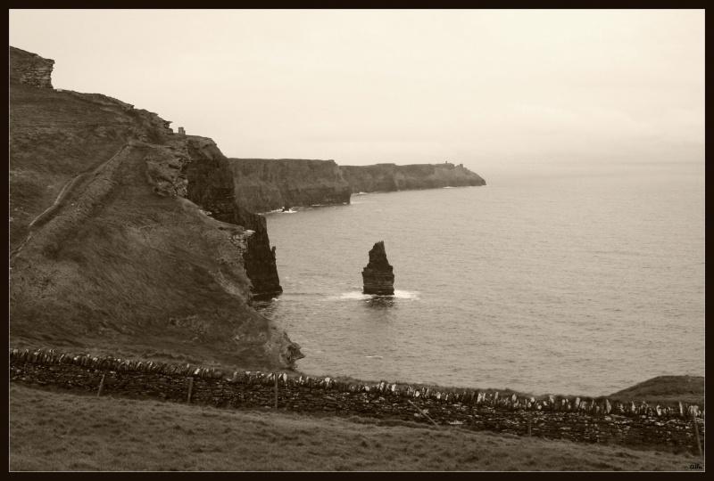 Cliff 05