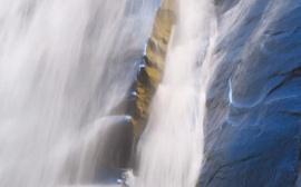 Desktop Waterfall