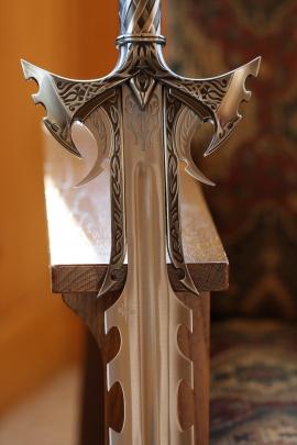 Kit Rae Sedethul Sword 2