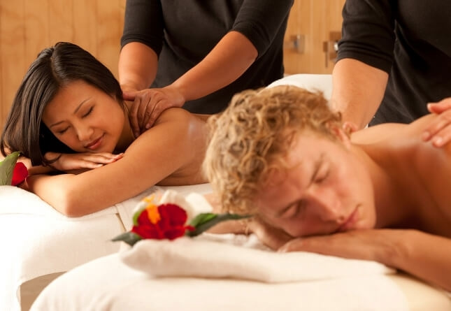 Full Body Massage Parlour in Delhi at Amrita Spa